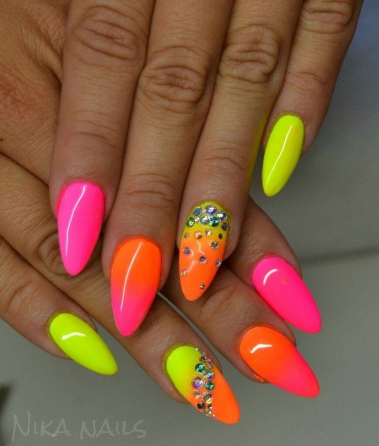 summer nails colors