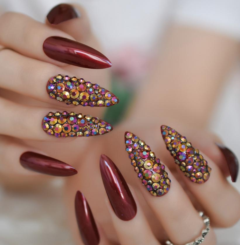 sparkly stiletto nails