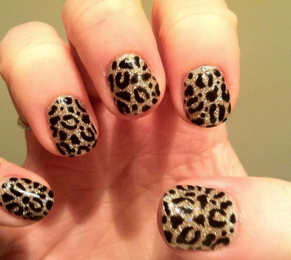 Cheetah short Nails