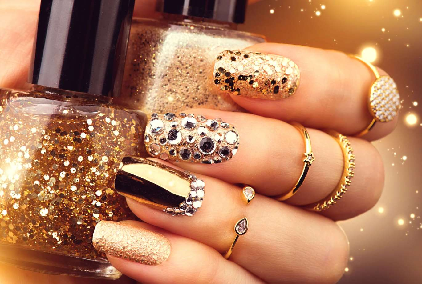 Elegant short nails