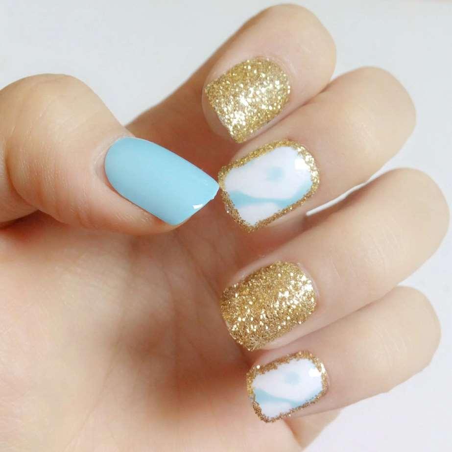 Glitter short nails