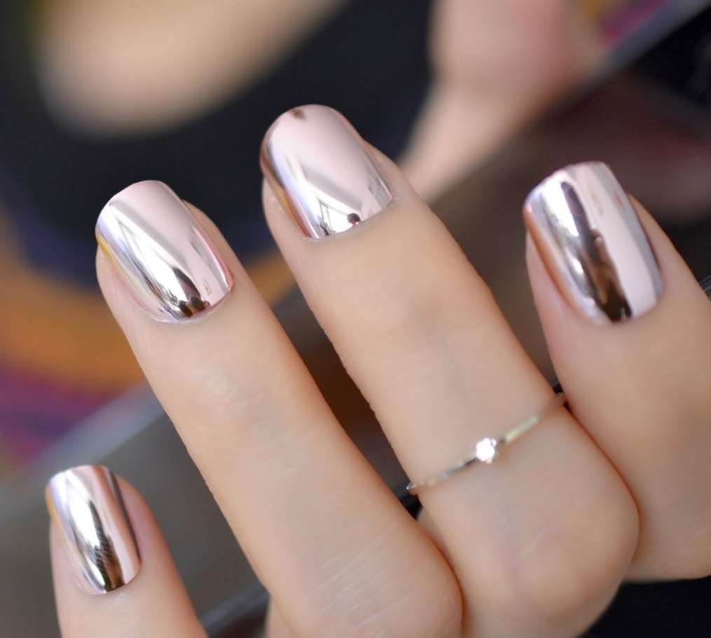 Rose Gold short nails