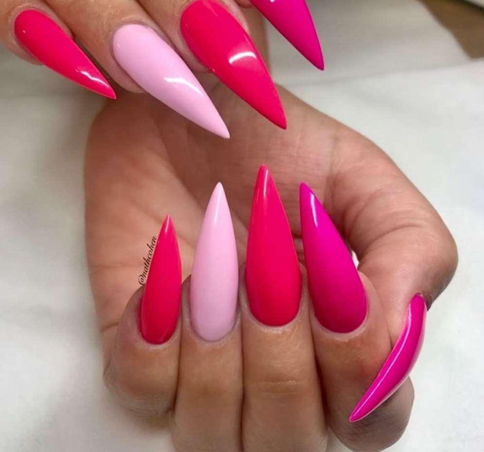 acrylic nails pink