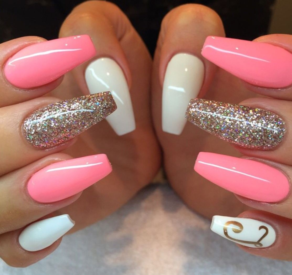 ballerina pink and white nails
