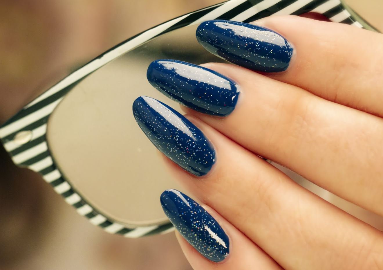 blue nails with glitter ballerina