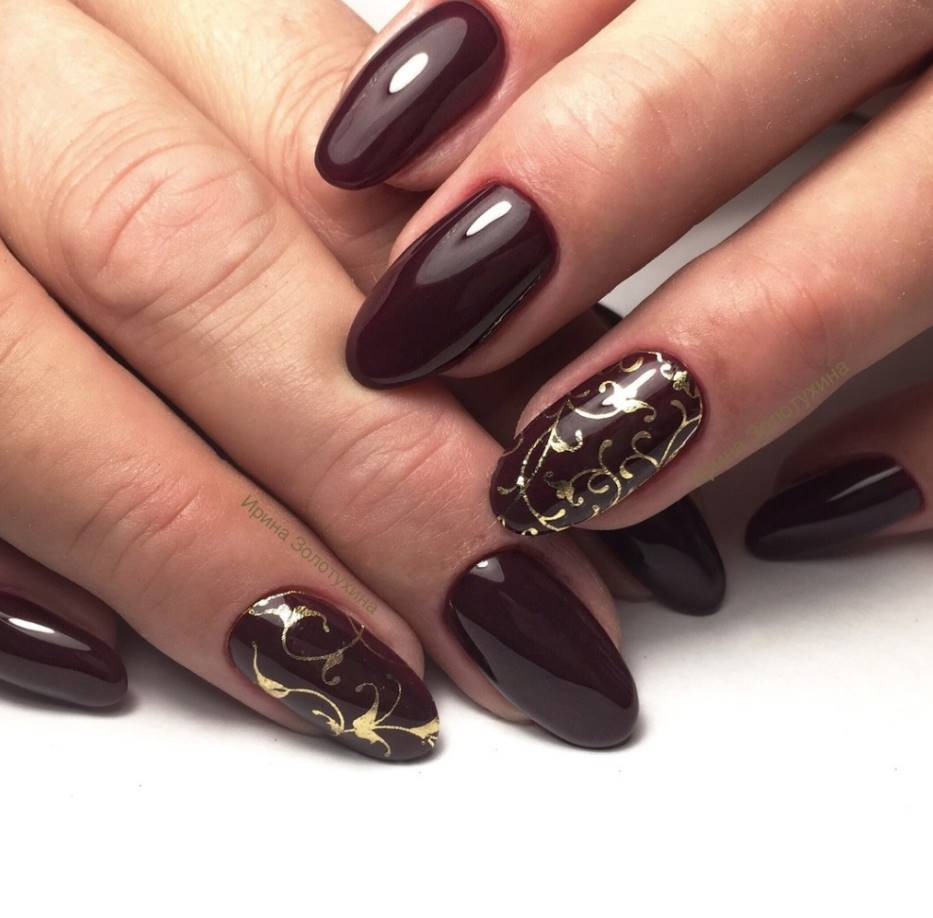 brown acrylic nails