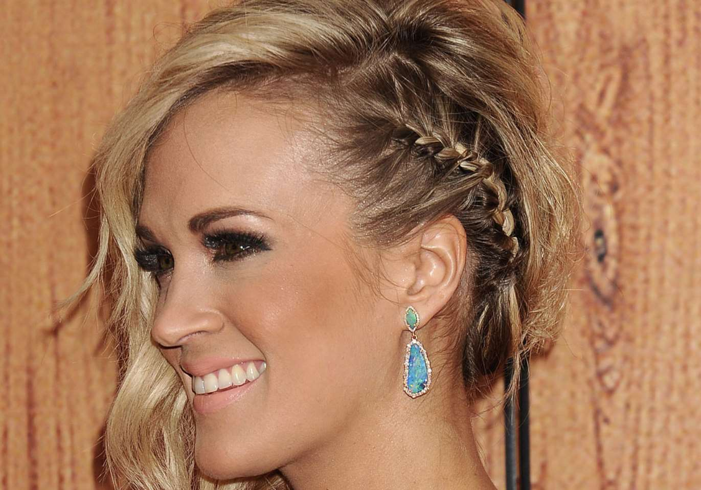 carrie underwood braided hairstyles