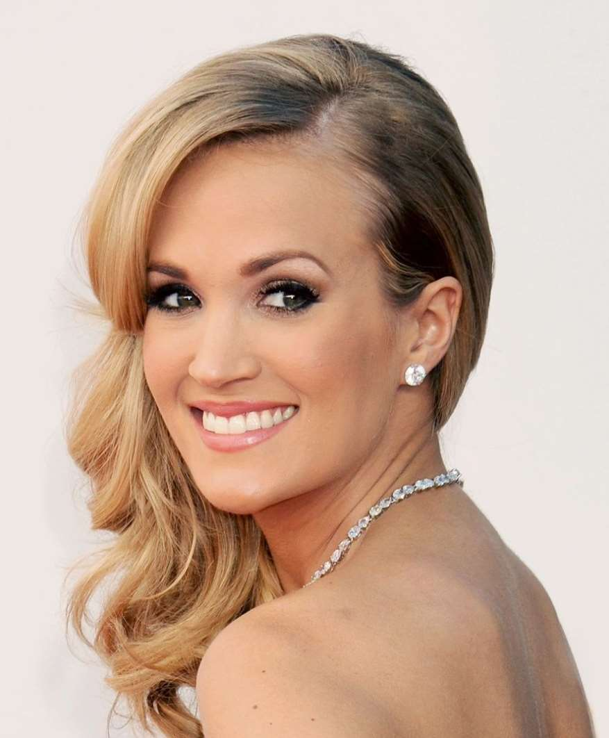 carrie underwood hairstyles for prom