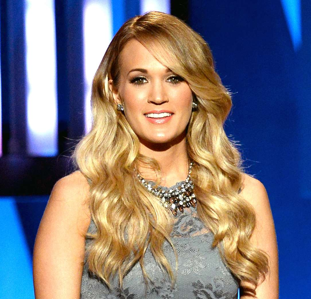 carrie underwood long layered hairstyles