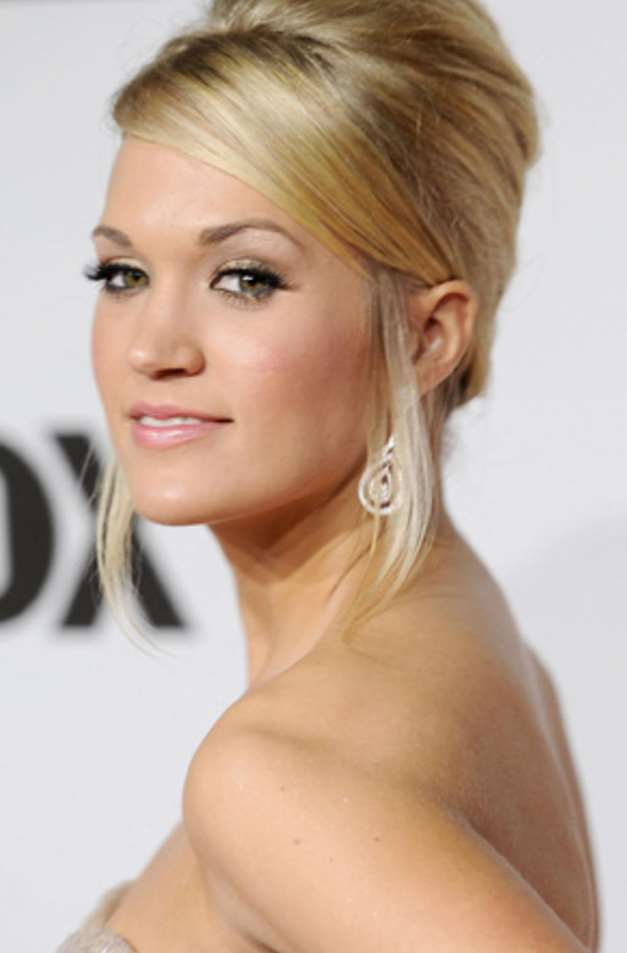 carrie underwood up hairstyles