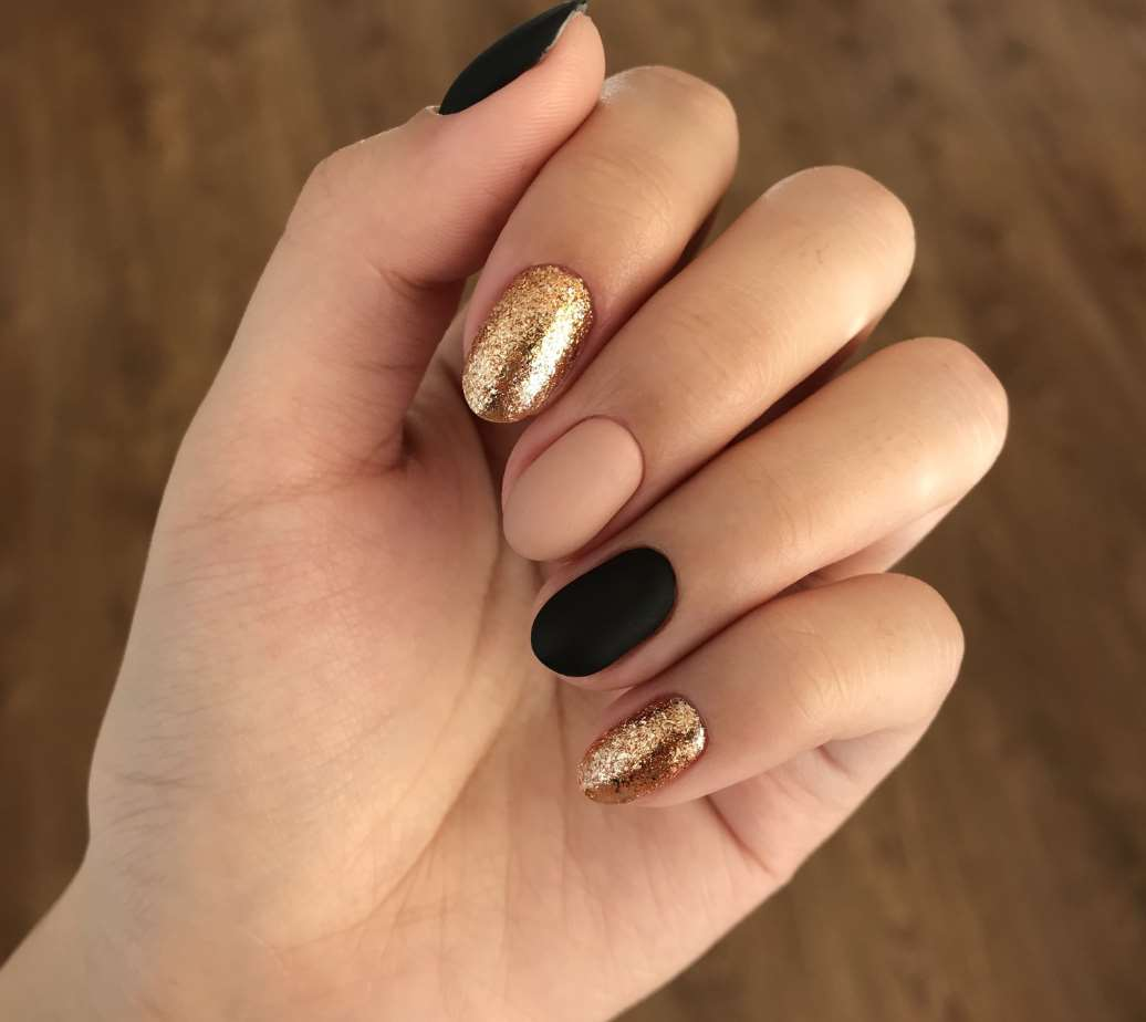 easy nails designs for short nails