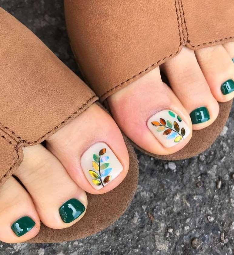 fall toe nail designs