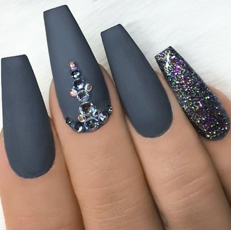 gray ballerina nails