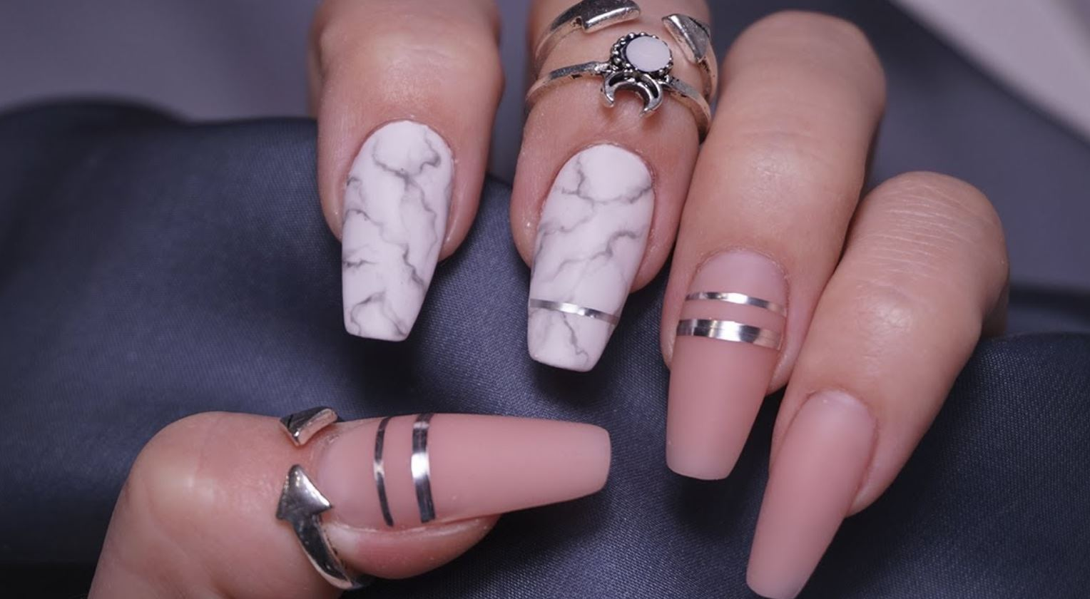 nails ballerina