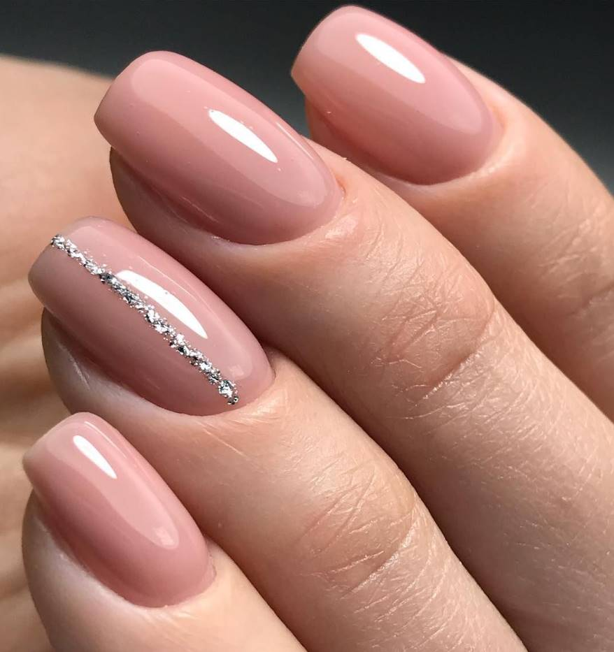 nude color acrylic nails