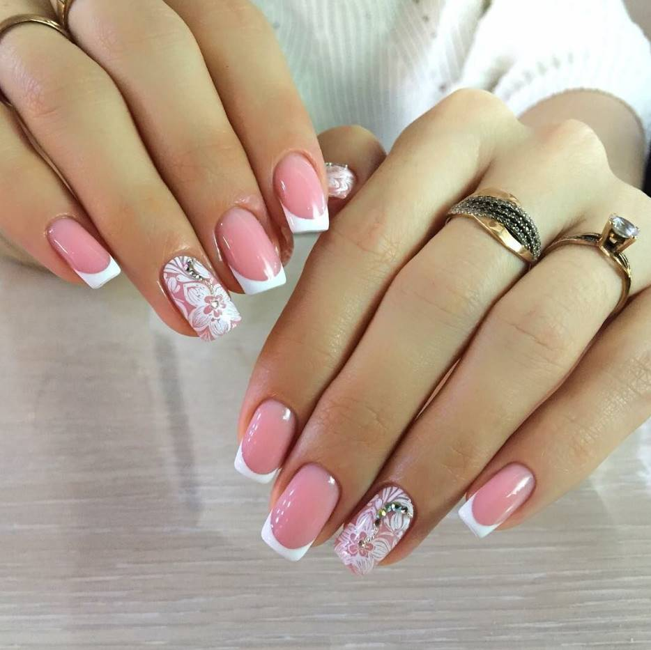 nude pink acrylic nails