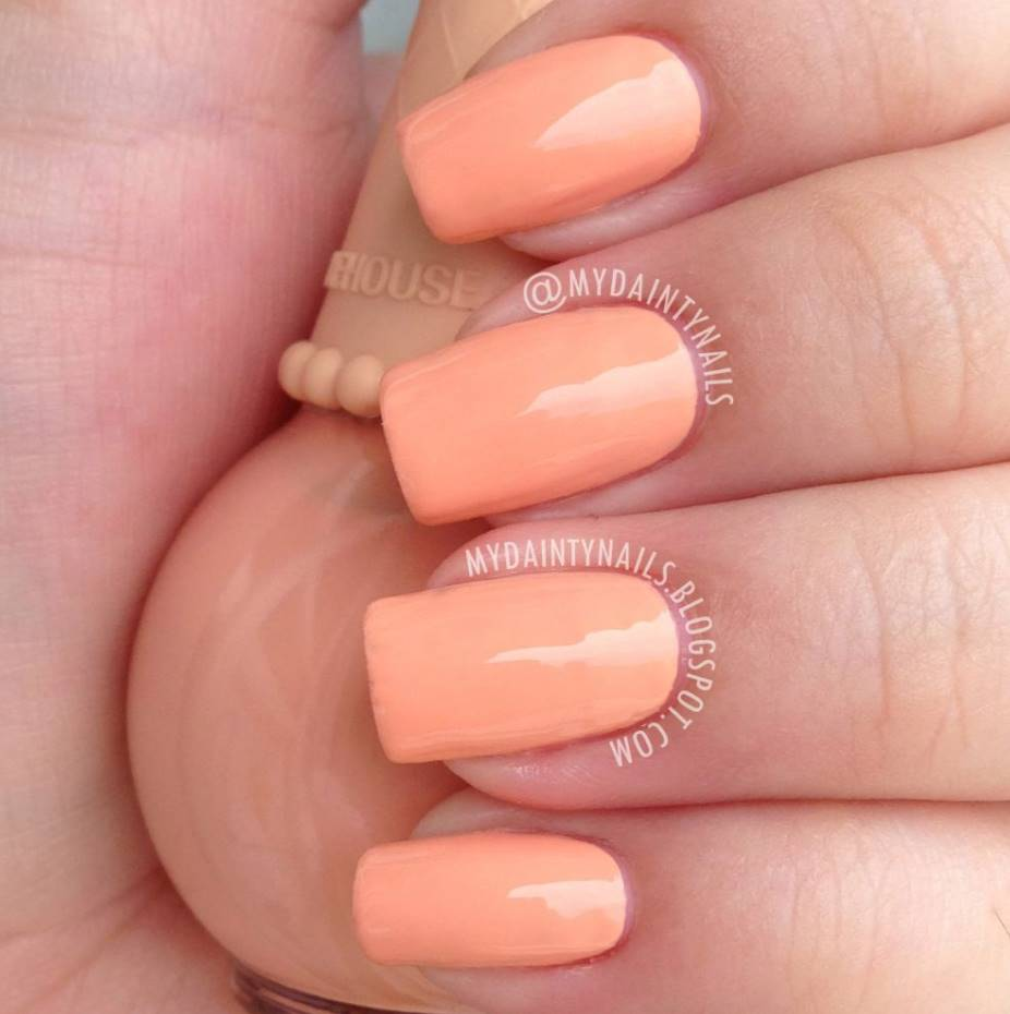 peach acrylic nails