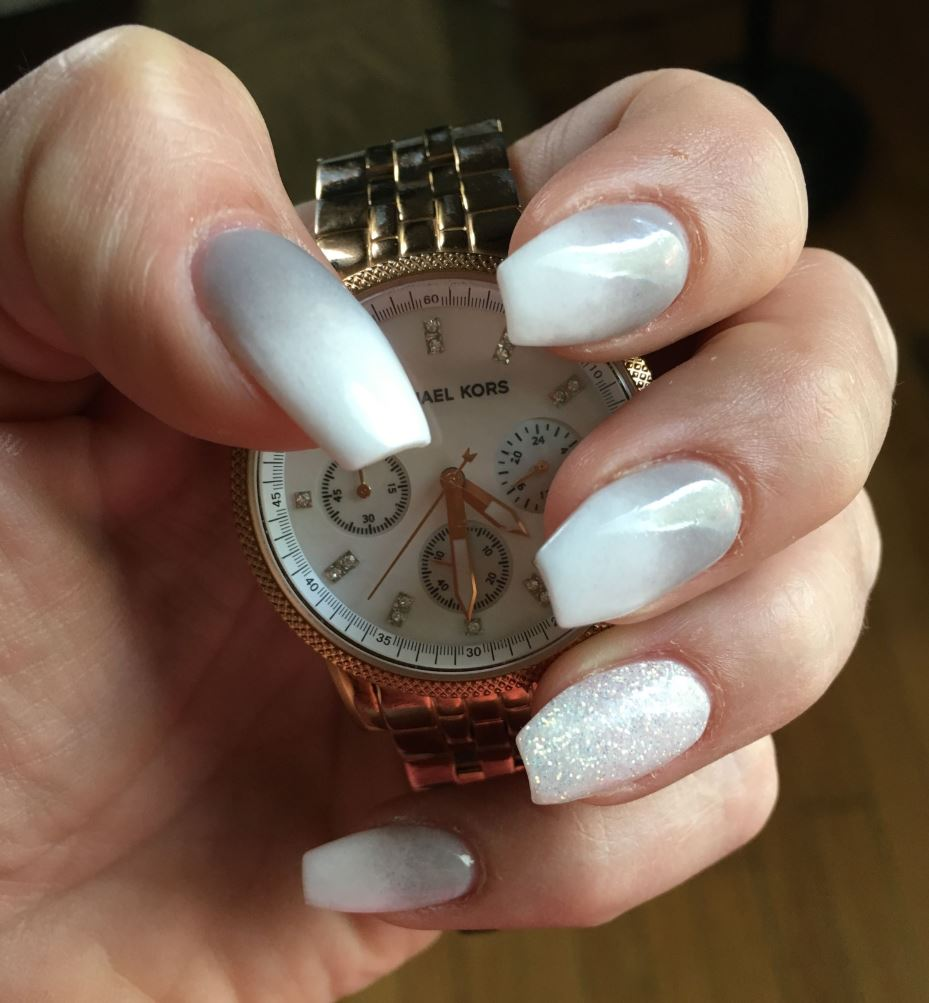 silver ombre nails
