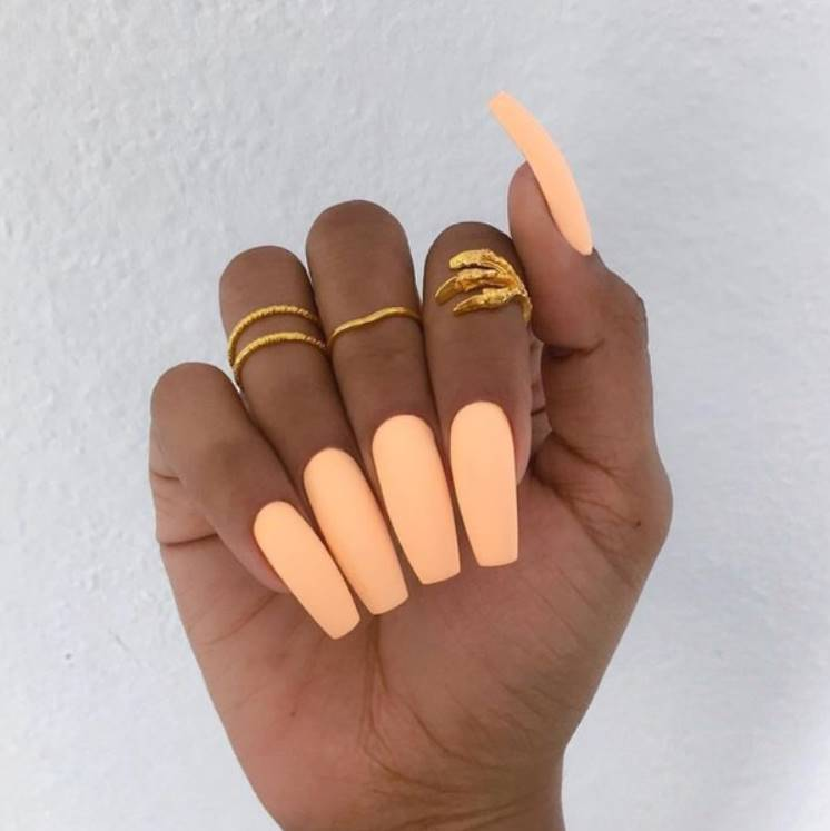 solid colored acrylic nails