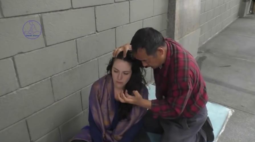 street chinese masseuse