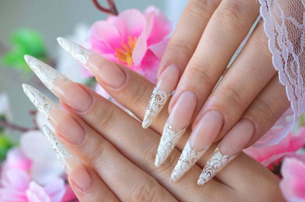 thin acrylic nails