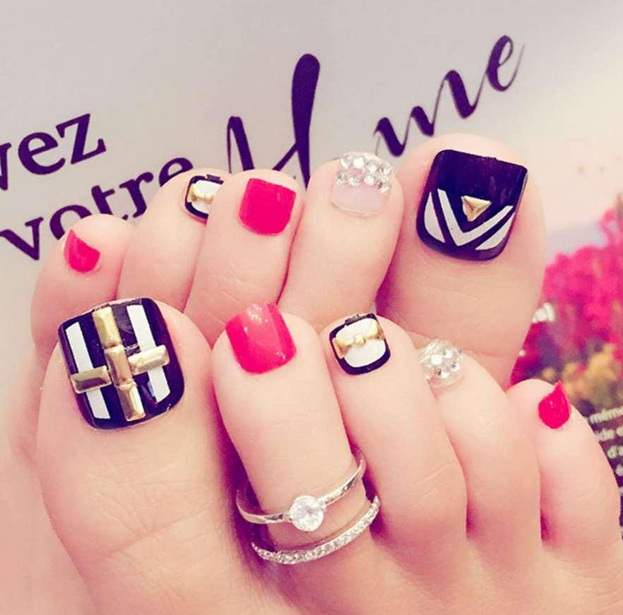 toe nail designs with diamonds