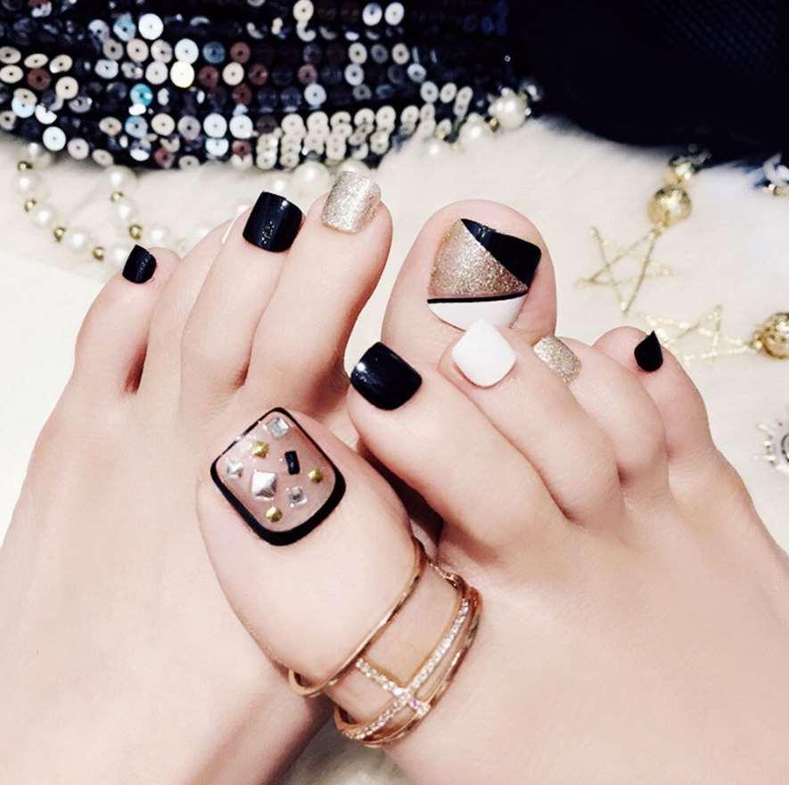 toe nail designs with rhinestones