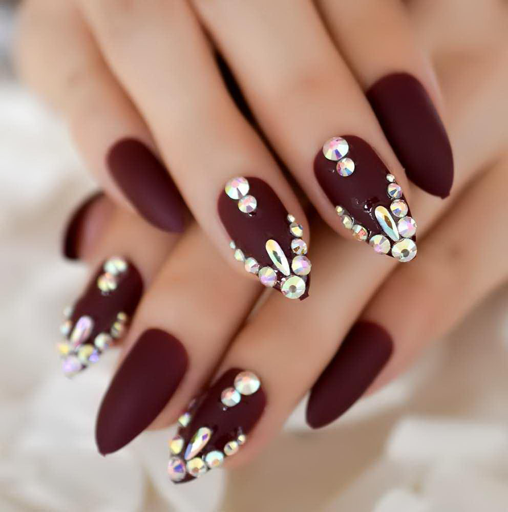 3D diamond nails