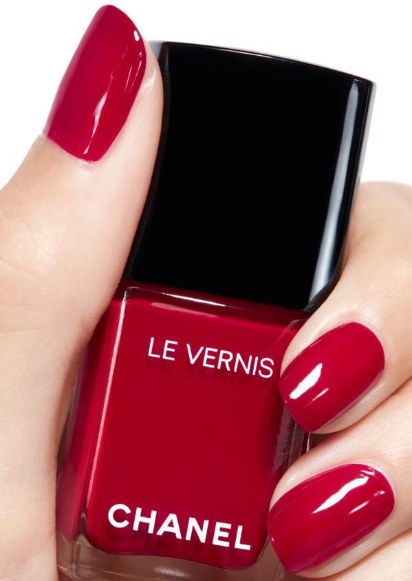 Chanel Le Vernis Longwear Nail Color in Vamp