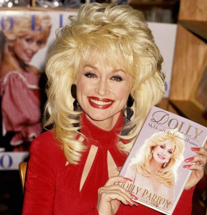 Dolly Parton 1978 red nails