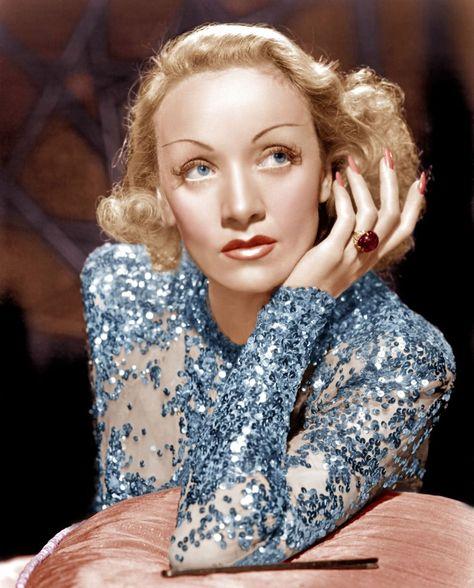 Marlene Dietrich red nails in Angel