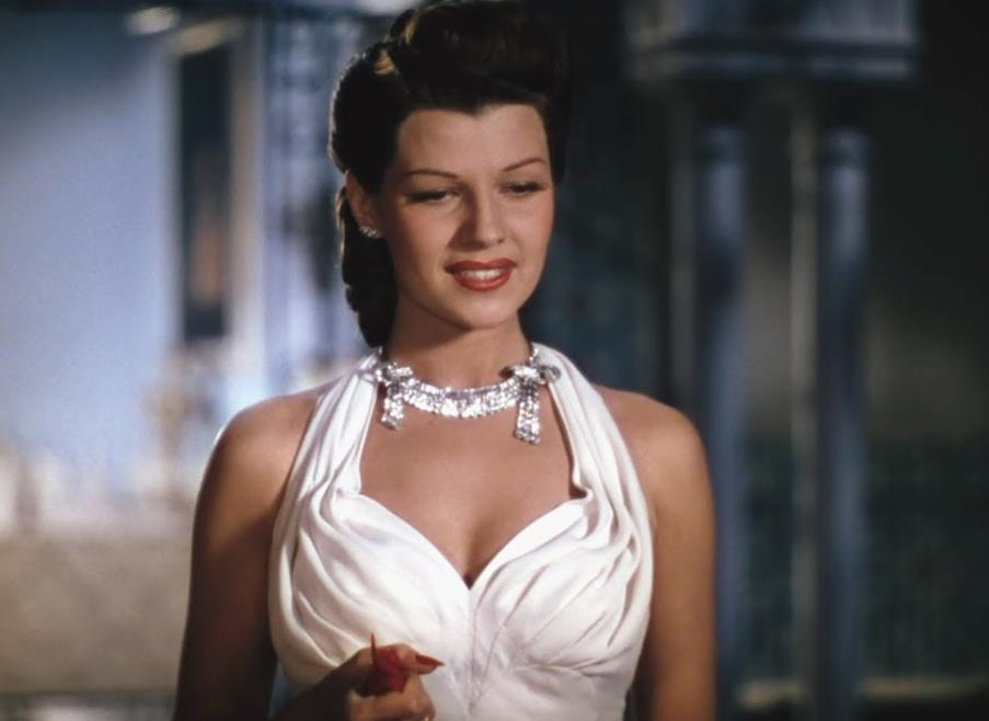 Rita Hayworth red nails in Blood and Sand