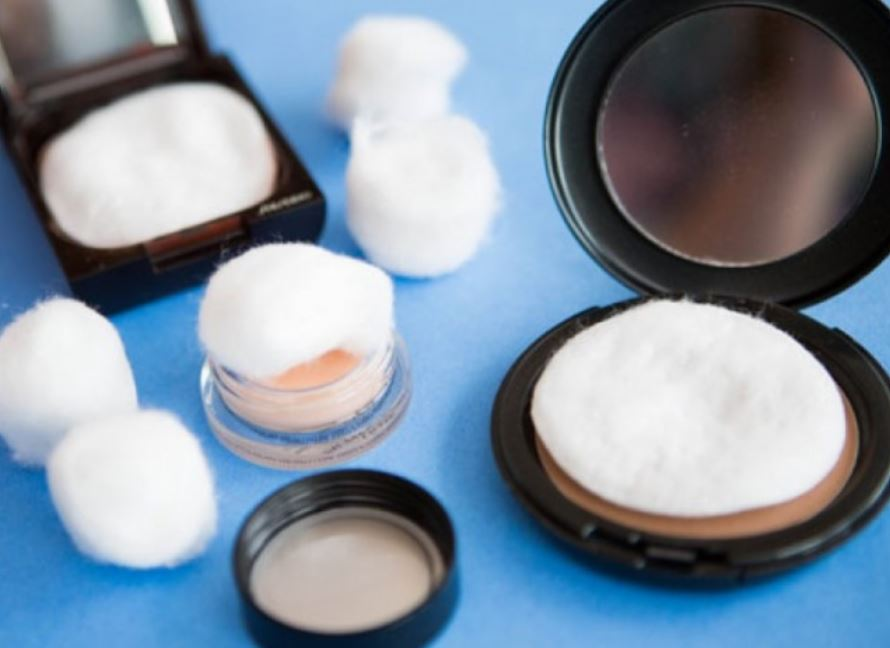 Safeguard your cosmetic items while taking a trip