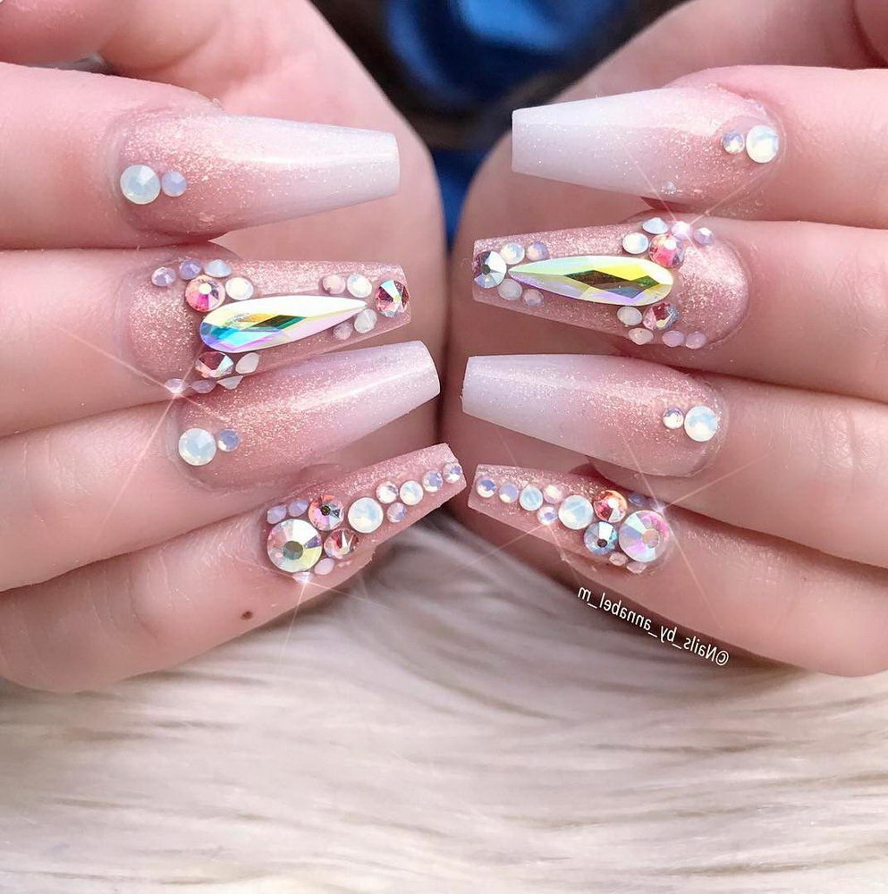 acrylic nails with gems