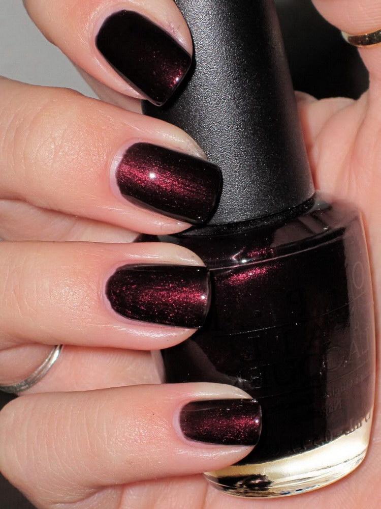 burgundy chrome nails