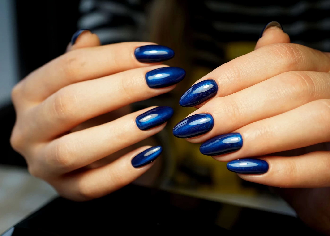 chrome blue nails