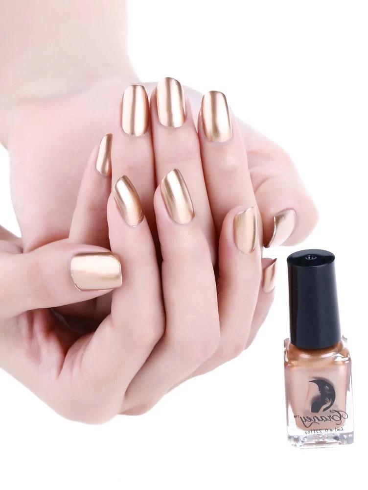 chrome design nails