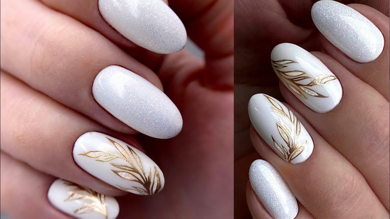 fake almond nails
