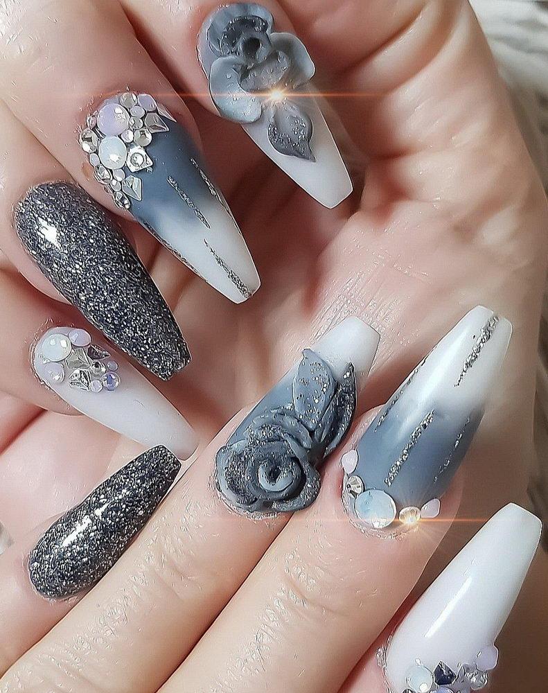 gray and white diamonds nails