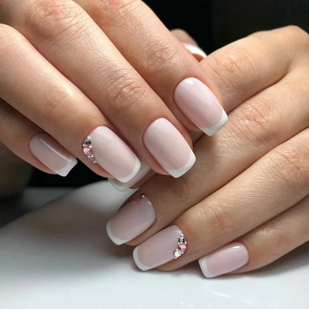 nude gems nails