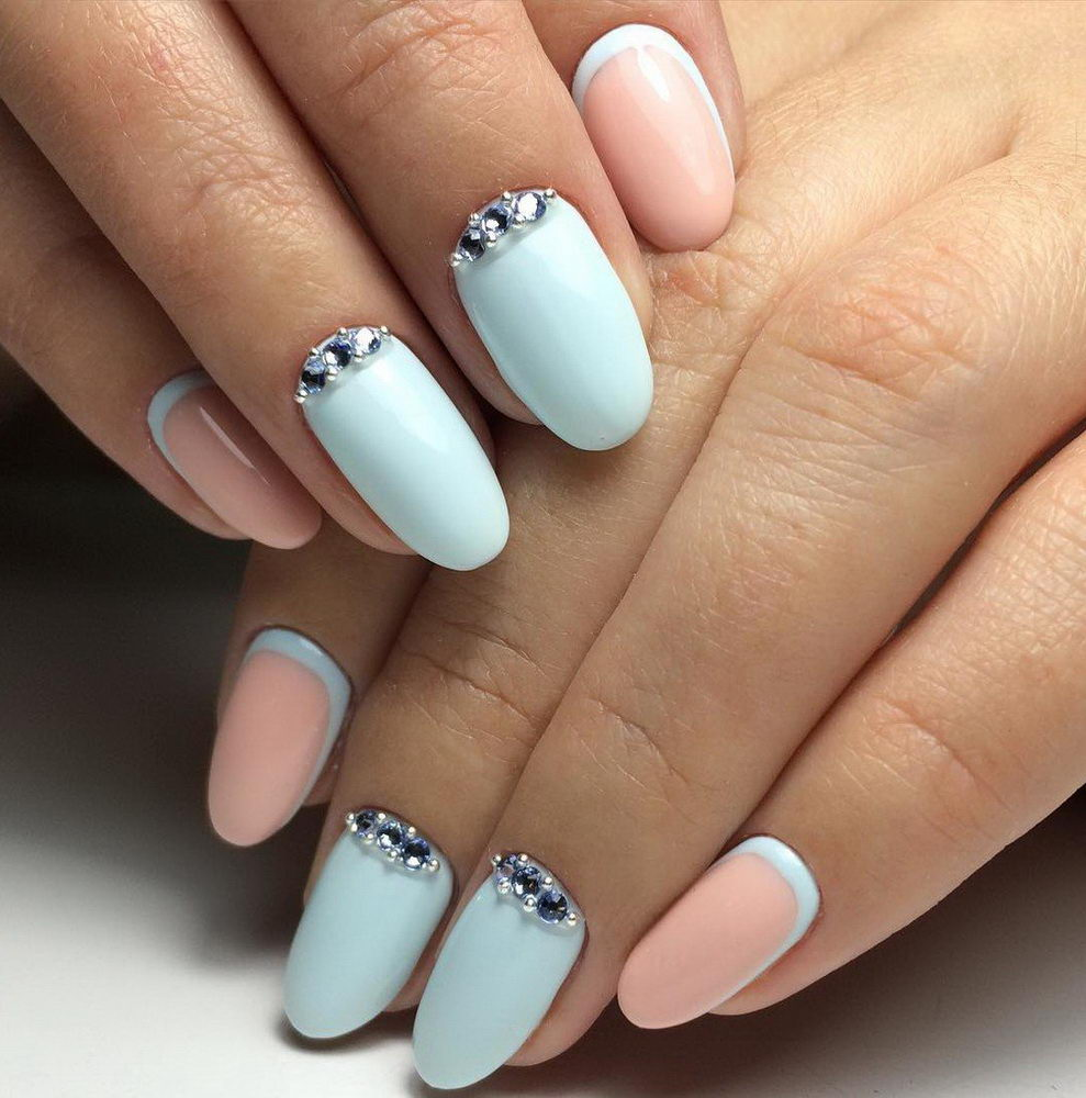 pastel nails with gems