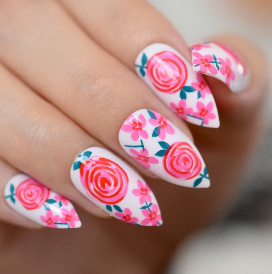 pink nails flowers