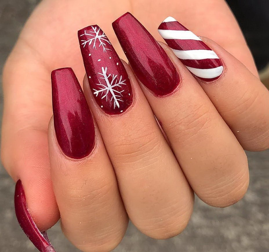 red christmas fake nails