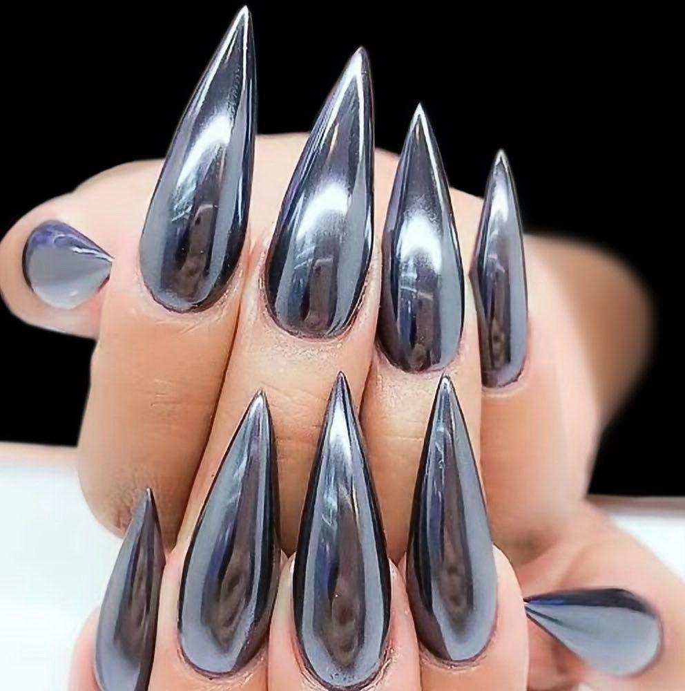 stiletto chrome nails