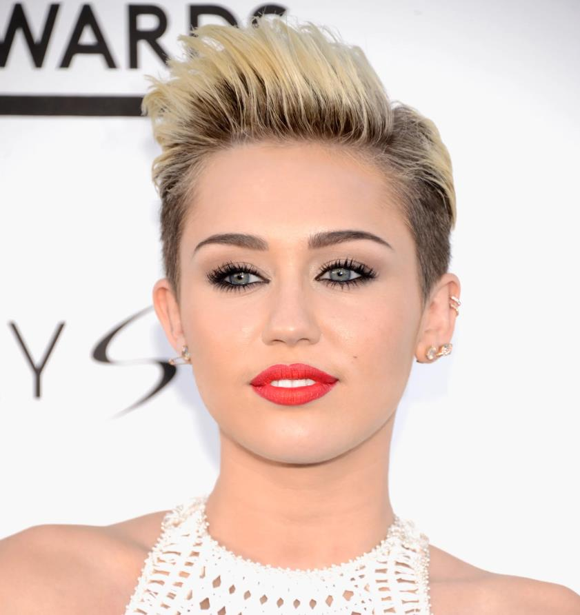 Miley Cyrus Androgynous Haircut