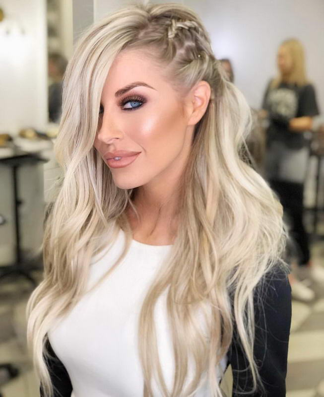 blond long hairstyle