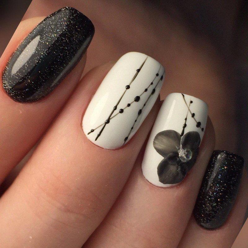flower Black Nail