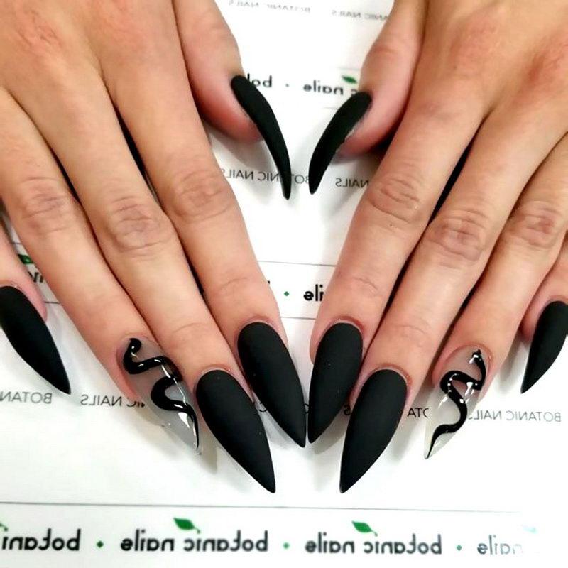 matte stiletto Black Nail