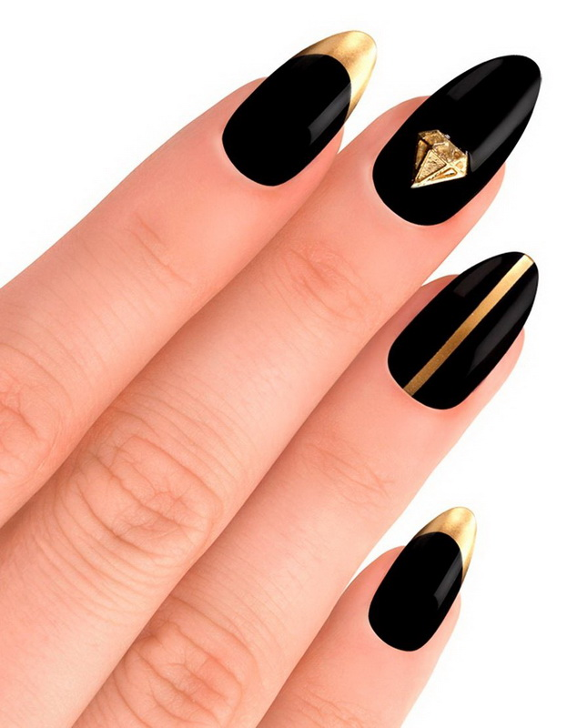 black gold elegant nails