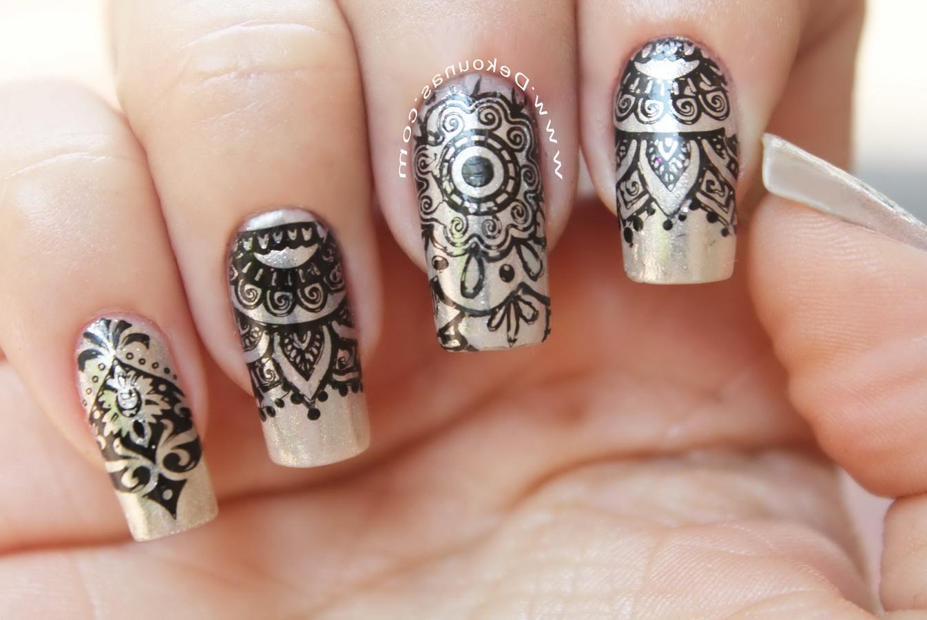 fancy tatoo nails
